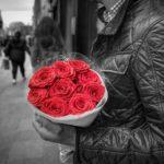 10 motivi per cui prenotare un accompagnatore per donne